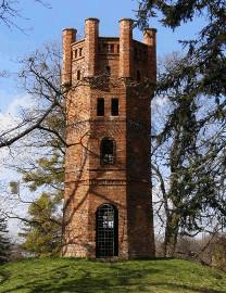 182 Červená věž
