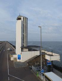 514 Monument op de Afsluitdijk